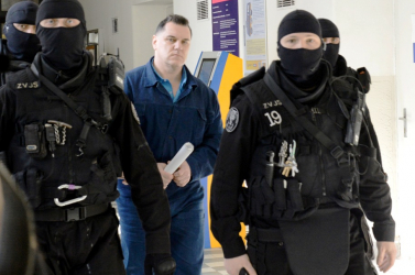 Černák kitálalt: állítja, 5 millió koronát fizetett egy tenderért a HZDS-nek