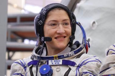Rekordot döntött Christina Koch, ennyi ideig még sosem volt nő az űrben