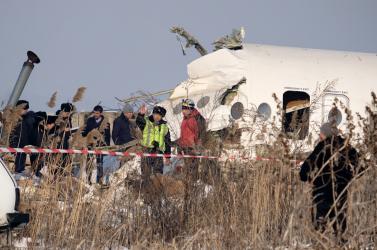 Tovább emelkedett a kazahsztáni repülőgép-szerecsétlenség áldozatainak száma, sok a súlyos sérült – FOTÓK