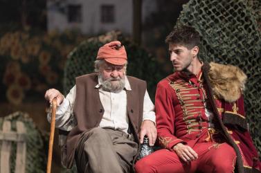 A vén bakancsos végre nézők előtt – új bemutatóra készül a Komáromi Jókai Színház