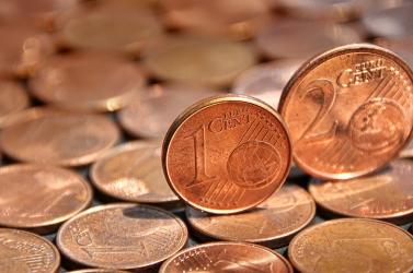 Hamarosan elbúcsúzhatunk az egy- és kétcentes érméktől