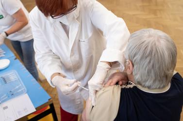 Nem kötelezik az orvosi rendelőket a védőoltás beadására