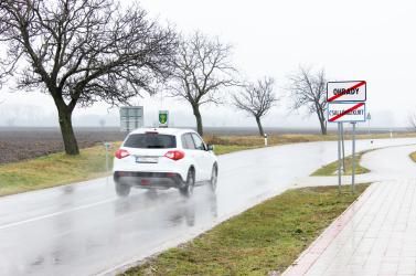 Csallóközkürtön már kirakták az új magyar helységnévtáblákat