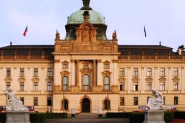 Bonyolódik a miniszterek cseréje a cseh kormányban