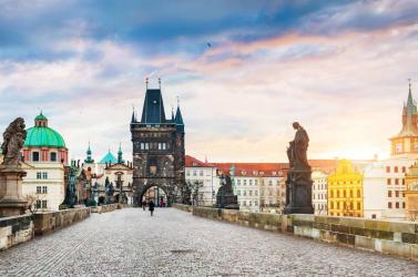 Csehországban még legalább egy hónapig tart a szükségállapot