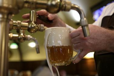 Ugorj be egy sörre a legközelebbi sörfőzdébe