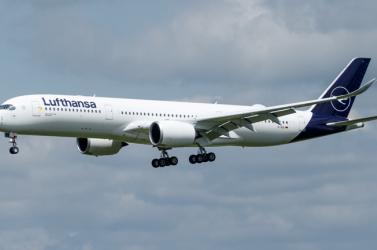 Százmillió eurós veszteséget jelentett a Lufthansa Csoport