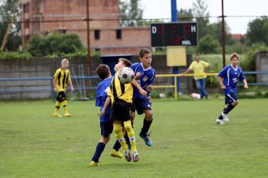 Nagyszabású korosztályos (U9) nemzetközi focitorna Diósförgepatonyban