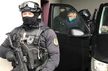 Már a szlovák zsaruk vendégszeretetét élvezi a jó nevű Darko D., aki a tervek szerint halomra gyilkolta volna az ügyészeket