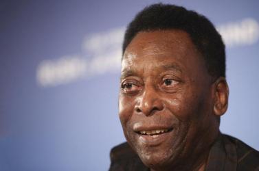 Pelé visszakerült az intenzív osztályra