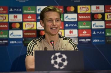 De Jong és Sergi Roberto sem utazik a Barcelonával Sevillába