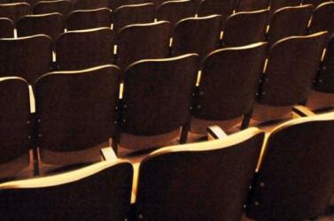 Élő bemutatósorozatot indít a Madách Színház az interneten