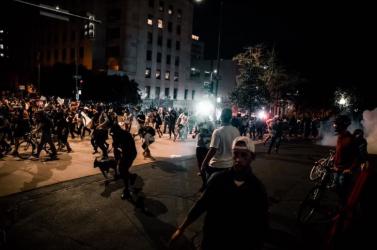 Amerikai tüntetések - A denveri rendőrség egy bírósági döntés értelmében nem használhat könnygázt a tüntetők ellen