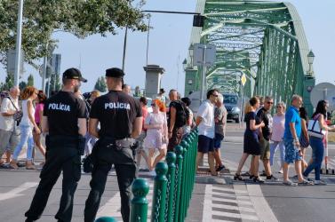 Újabb tüntetésekre került sor, nem nyugszanak bele a határátlépésre vonatkozó szabályokba