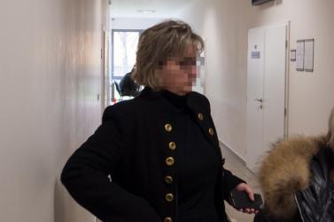 400 ezres adócsalás a szakállasi fehér lóval - Bíróság előtt a megyeri adóhivatal egykori igazgatónője