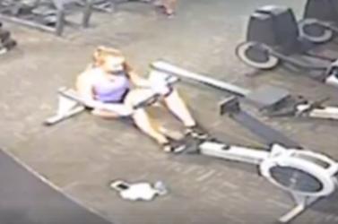 Videón, ahogy az edzőteremben összecsuklott a fiatal nő, leállt a szíve