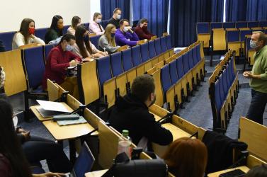 Több mint 15 millió eurót osztanak szét afelsőoktatási intézmények között