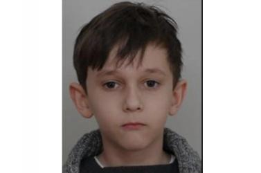 Édesanyja magához vette, azóta semmit sem tudni a 11 éves fiúról