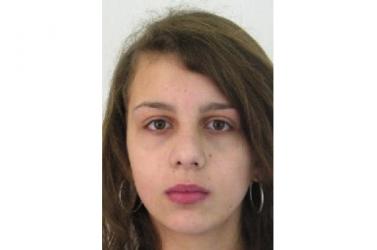 Elszökött a gyerekotthonból egy 17 éves lány, keresik a rendőrök!