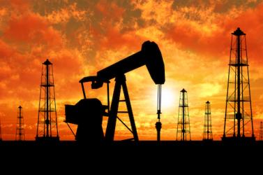 Szaúdi hercegeket vettek őrizetbe, kétéves csúcsra emelkedett a kőolaj világpiaci ára
