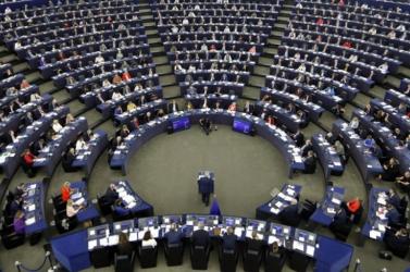Csehországban és Írországban is megkezdődik az európai parlamenti választás