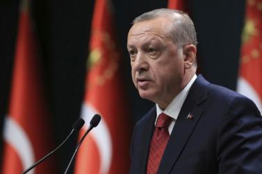 A török elnök feljelentett egy francia lapot annak borítója miatt