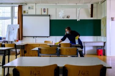 Hétfőn szigorú biztonsági intézkedések mellett kezdődik az érettségi Magyarországon