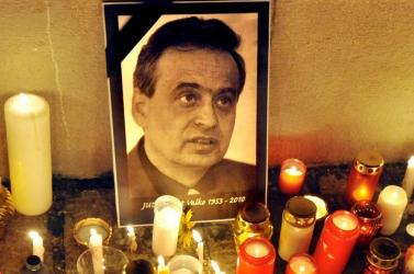 Nyolc év börtönre ítélték a férfit, aki betört Ernest Valko házába - Valko gyilkosáról később döntenek!