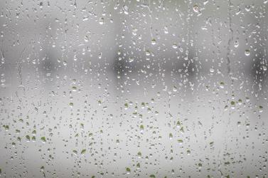 Esőre figyelmeztetnek a meteorológusok, de az ország délnyugati részén más a helyzet