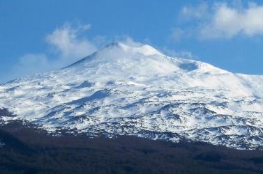 Kitört Európa legmagasabb működő vulkánja