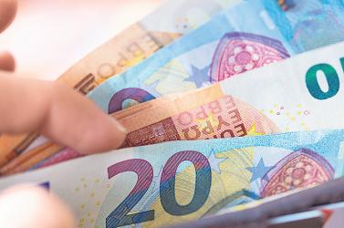 Vigyázzunk az e-mailekkel! Átverés terjed az interneten, egy nőtől közel 15 ezer eurót csaltak ki