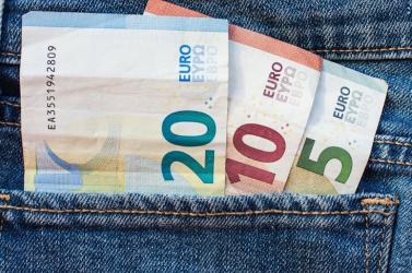 A Szlovákiai Városok Uniója azt akarja, hogy az államfő ne írja alá az adóalap adómentes részének emelését