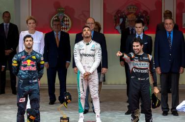 Monacói Nagydíj: Hamilton idén először győzött
