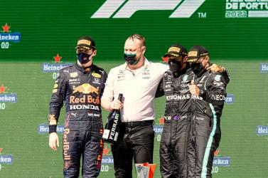 Portugál Nagydíj: Hamilton nyert Portimaóban