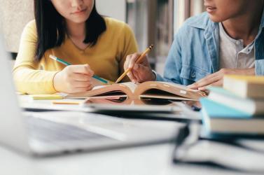 Csak május 7-én teszik közzé a felvételi kritériumokat a középiskolák