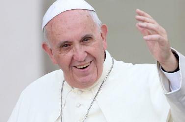 Eddig több mint 800 önkéntes jelentkezett a pápa eperjesi látogatására, kellene még 200