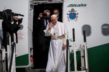 Ferenc pápa hálát adott Istennek, hogy Szlovákiába látogathatott, majd visszarepült a Vatikánba