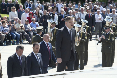Fico is koszorúzott a Slavínon, de nem volt az igazi…