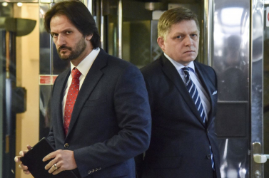 Fico és Kaliňák a Hilton szálloda egy titkos emeletén találkozgathatott az ország nagykutyáival?