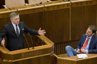 Parlamenti választások: Így látják az esélyeket a győzelemre a fogadóirodák
