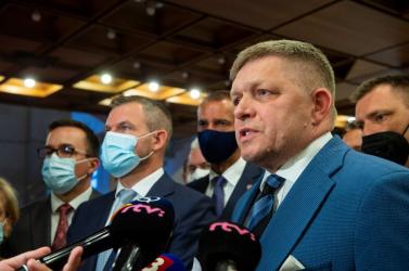 Fico és Pellegrini talán egy névnapi zsúrra sietett, nem volt idejükMatovič leváltásával foglalkozni