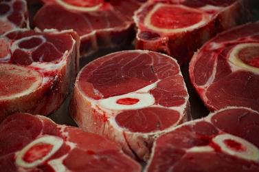 A hús a felelős az élelmiszertermelés okozta üvegházhatású gázok 60 százalékáért