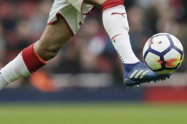 Visszatér a profi futball Európa pályáira
