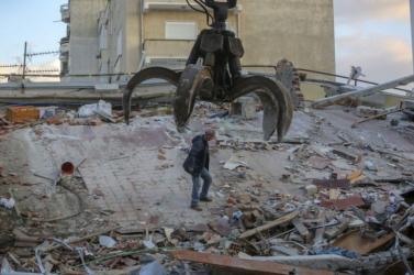 Újabb halálos áldozatait találták meg az albániai földrengésnek
