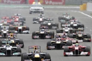 Forma-1 - Bemutatta idei versenyautóját a címvédő Mercedes (FOTÓ)