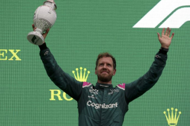 Forma-1 - Az Aston Martin tulajdonosa bízik Vettel maradásában