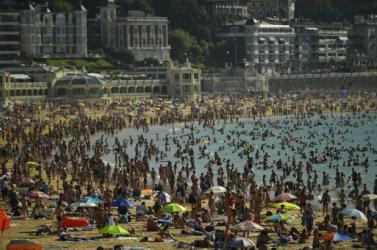 Rendkívüli hőség tombol Európa déli részén – Portugáliában akár 48 fok is lehet