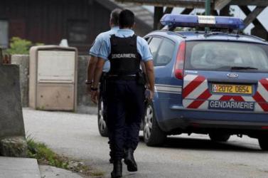 Késes támadót lőttek meg egy franciaországi rendőrőrsön