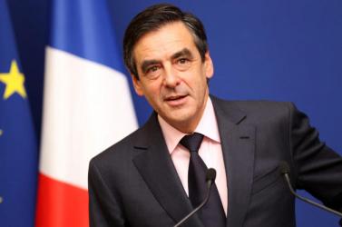 Francia elnökválasztás - Francois Fillon luxusórákat is kapott ajándékba