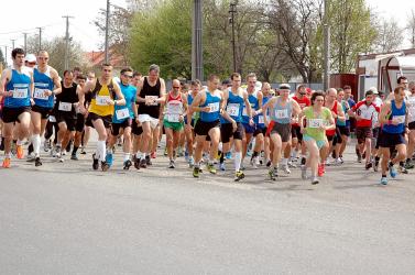 Harmincnyolcadik alkalommal zajlik Diósförgepatonyban a Barátság futóverseny